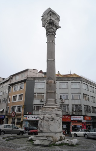 Column of Marcian-Wikimedia.png