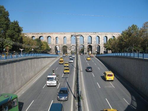 valens aqueduct.jpg